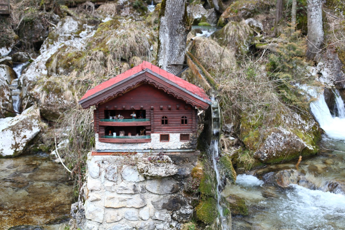 Mini-Wassermühle